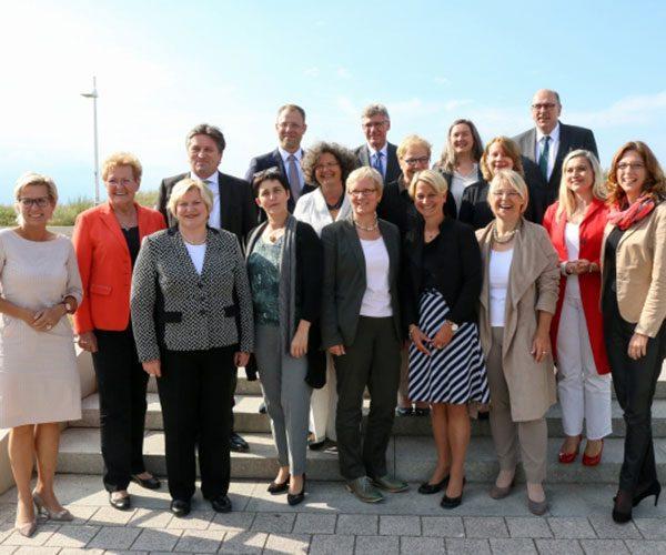 Gesundheitsminister/innen bei der GMK Rostock - zur Veröffentlichung freigegeben